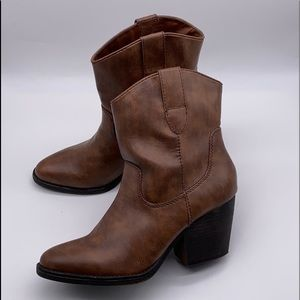 MADDEN GIRL RAMZ ANKLE BOOTIES